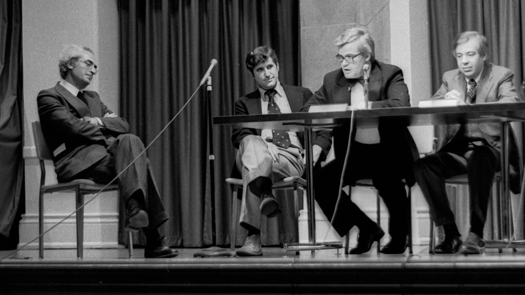They Look Happy! (Subway debate 1978)