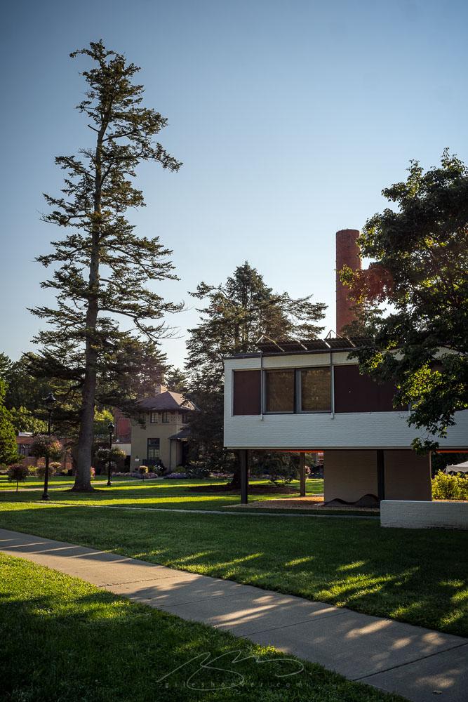 Architecture mix, Vassar